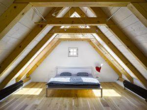 Combles aménagés en chambre à Aix-en-Provence
