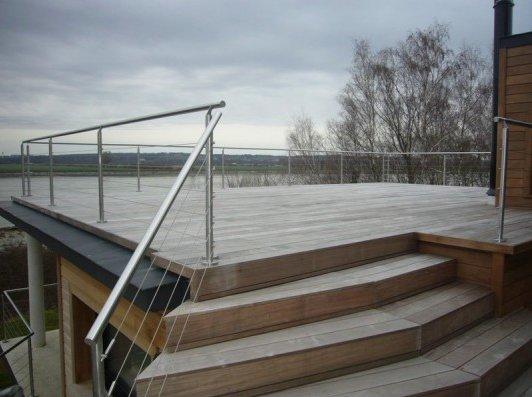 Terrasse bois ipe sur plots reglables 2