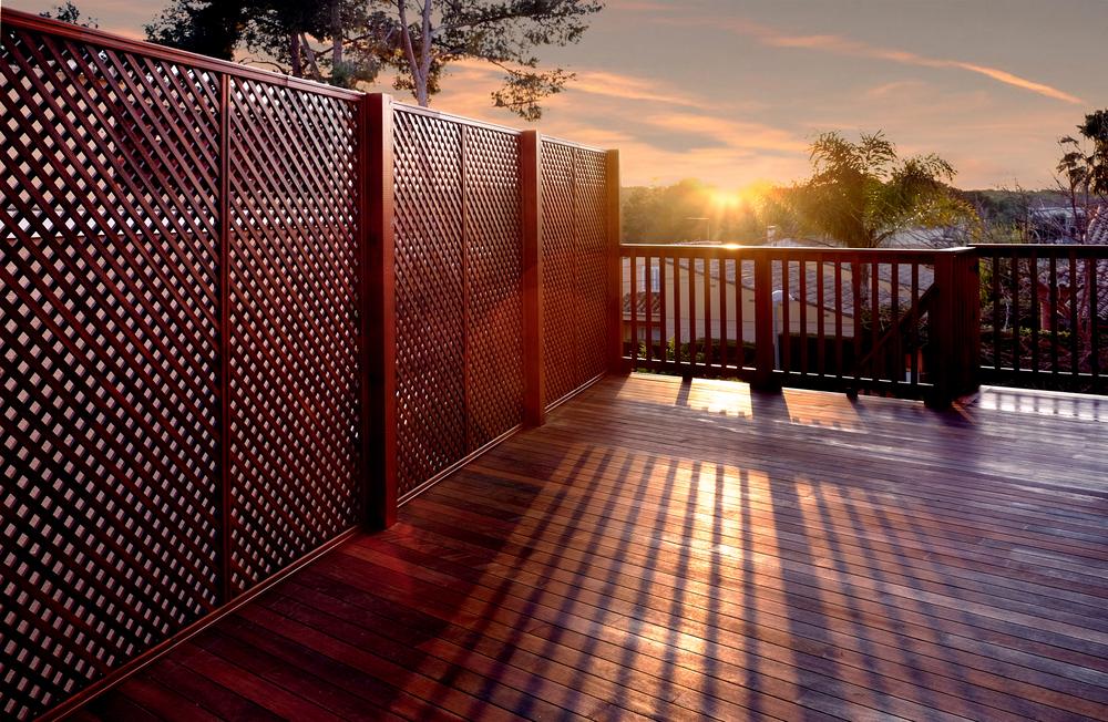 Clôture en bois pour terrasse